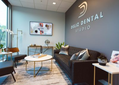 Deliz Dental Studio Waiting Room
