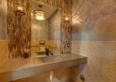 Dr Potts bathroom